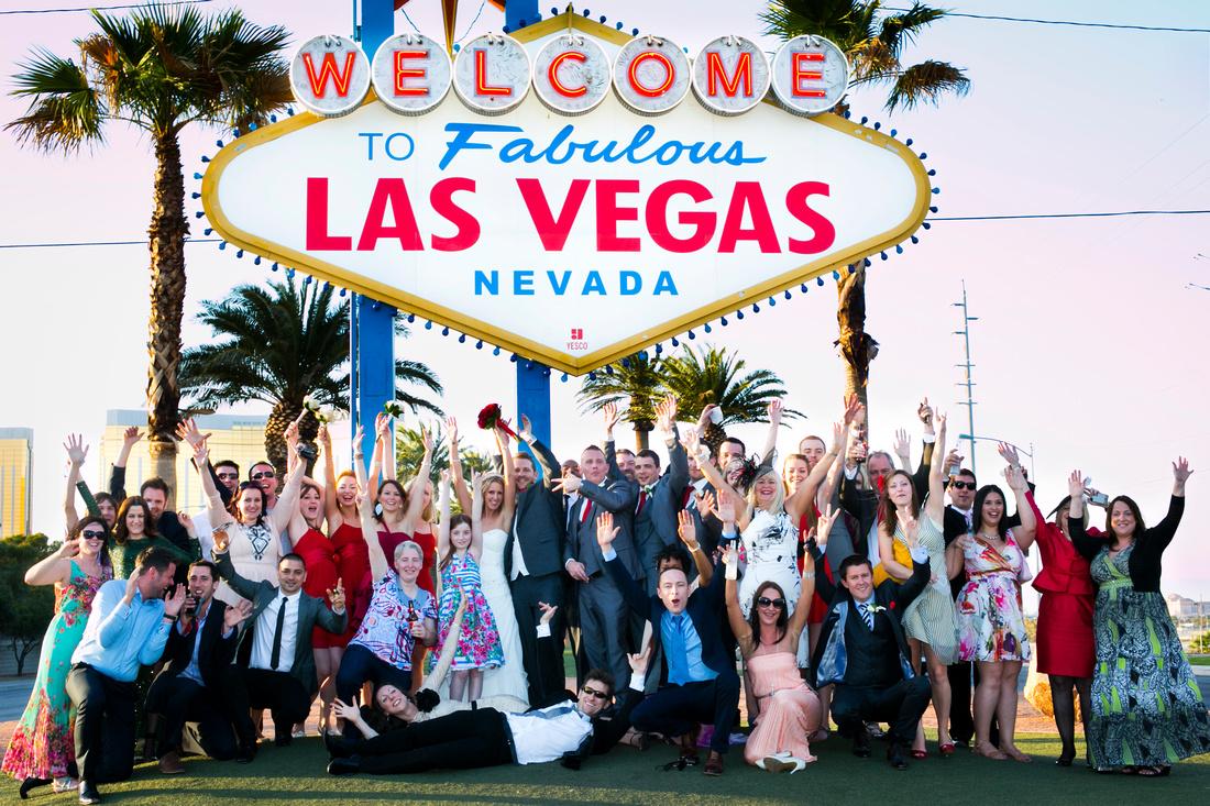 Las Vegas Sign Wedding Photography