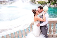 Wedding photographer for Bellagio photos