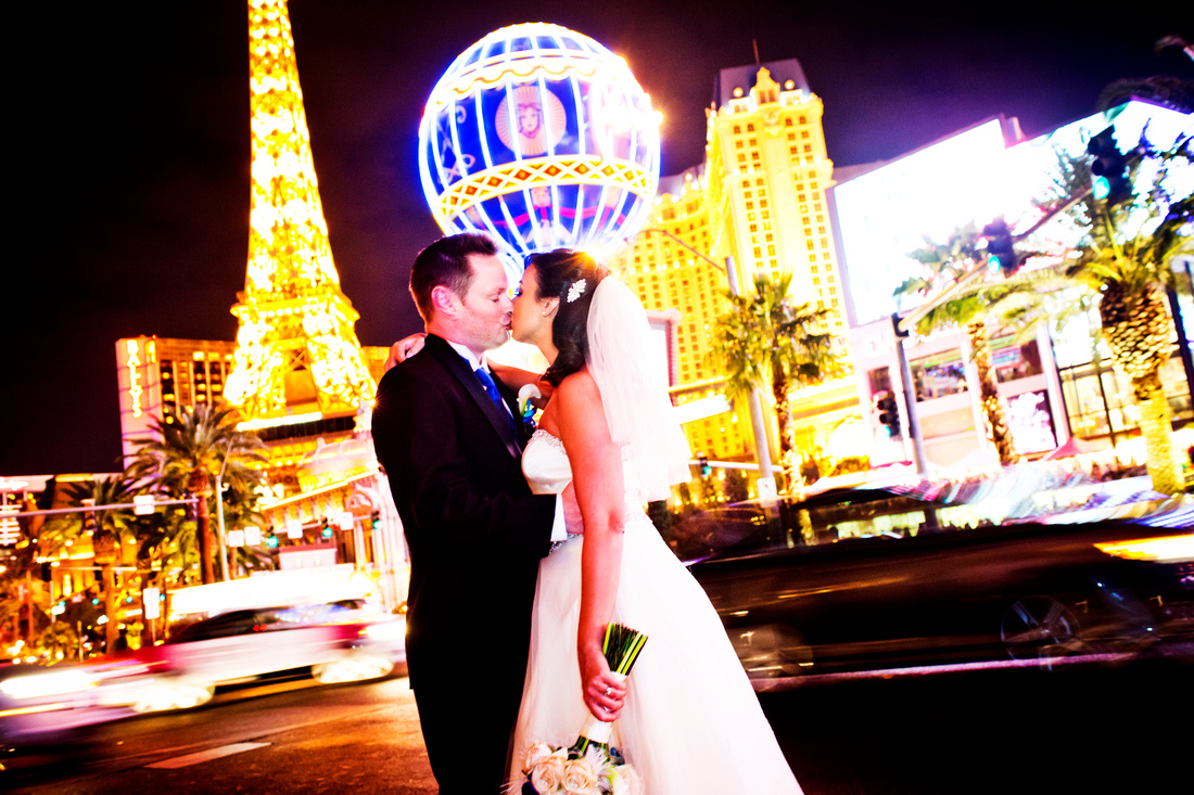 Tour of Las Vegas' Hotspots for a Glam Wedding.